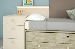Armario con cama con almacenajes